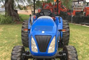 New Holland Boomer 30 FWA/4WD Tractor