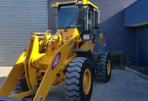 12.5 Tonne Wheel Loader Heavy Duty Quick Hitch, GP Bucket, Pallet Forks.