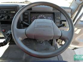 2010 MITSUBISHI FUSO CANTER Tray Top   - picture13' - Click to enlarge
