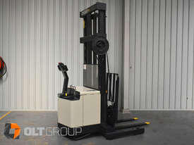 Used Crown Walk Behind Reach Truck WR30 1.5 Tonne Walkie Stacker - picture3' - Click to enlarge