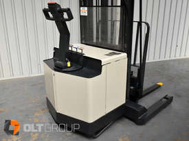 Used Crown Walk Behind Reach Truck WR30 1.5 Tonne Walkie Stacker - picture4' - Click to enlarge