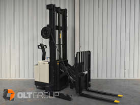 Used Crown Walk Behind Reach Truck WR30 1.5 Tonne Walkie Stacker - picture6' - Click to enlarge