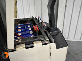 Used Crown Walk Behind Reach Truck WR30 1.5 Tonne Walkie Stacker - picture8' - Click to enlarge