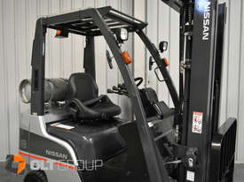 Nissan P1F1A18DU 1.8 Tonne 4300mm Lift Height 3 Stage Container Mast Sideshift Forklift - picture5' - Click to enlarge