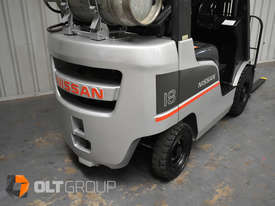Nissan P1F1A18DU 1.8 Tonne 4300mm Lift Height 3 Stage Container Mast Sideshift Forklift - picture7' - Click to enlarge
