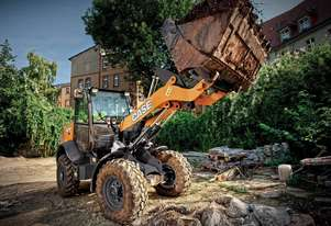 CASE 321F COMPACT WHEEL LOADERS