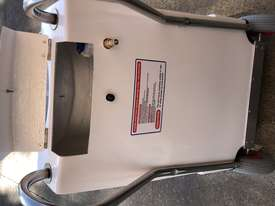 SteamVac AustMachinery Onyx1600psi Complete Carpet & tile - picture6' - Click to enlarge