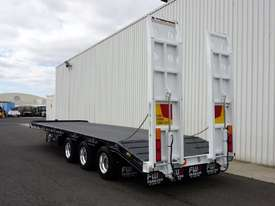 2018 FWR Tri-Axle Tag Trailer - picture5' - Click to enlarge
