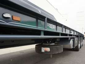 2018 FWR Tri-Axle Tag Trailer - picture10' - Click to enlarge