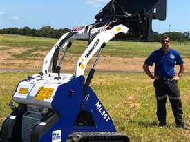 Ex Demo Mini Skid Steer Loader TASKMASTER ML30T plus Plant Trailer and attachments  - picture14' - Click to enlarge