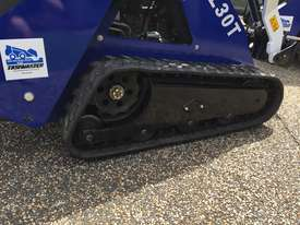 Ex Demo Mini Skid Steer Loader TASKMASTER ML30T plus Plant Trailer and attachments  - picture17' - Click to enlarge
