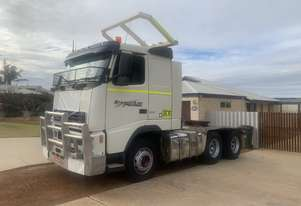 Volvo Prime mover  with hydraulics