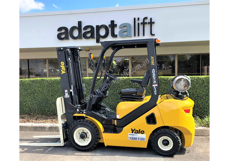 Yale 2.5T UX Counterbalance Forklift