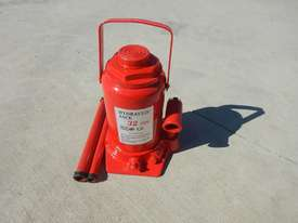 Power Tec 32 TON Hydraulic Jack - picture0' - Click to enlarge