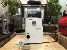 MAZZER KOLD CUSTOM WHITE BRAND NEW ESPRESSO COFFEE GRINDER - picture2' - Click to enlarge