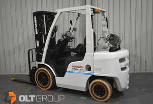 Nissan Unicarriers 2.5 Tonne Forklift LPG 4750mm Lift 2015 Series Markless Tyres