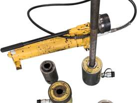 Enerpac Hydraulic Master Puller Set with Hand Pump, 36 Ton, BHP3751G - picture0' - Click to enlarge