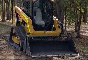 Caterpillar CAT Compact Track Loader
