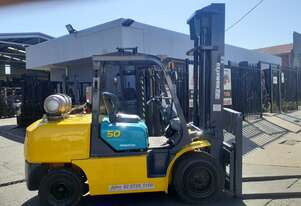forklift for sale-2007 komatsu 5 ton LPG 4000mm Lift height 3 months warranty
