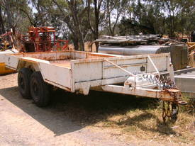 4.5ton tandem trailer , air brakes  - picture0' - Click to enlarge