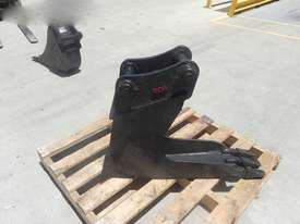 EOI  Bucket-GP Attachments - picture2' - Click to enlarge