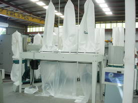ROMAC SF 100 TRIPLE BAG DUST COLLECTOR - picture0' - Click to enlarge
