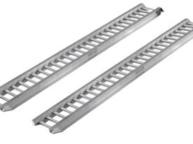 ALUMINIUM LOADING RAMPS FOR HIRE