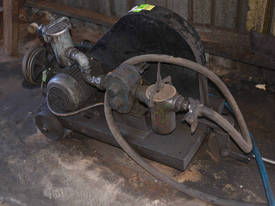 Large Ajax 3 phase 3 HP 2.2kW gear oil pump with f - picture0' - Click to enlarge