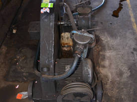 Large Ajax 3 phase 3 HP 2.2kW gear oil pump with f - picture2' - Click to enlarge