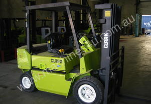 2.5t CLARK Container Entry Forklift