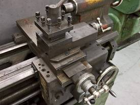 USED TAKISAWA CENTRE LATHE - picture1' - Click to enlarge