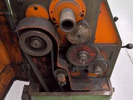 USED TAKISAWA CENTRE LATHE - picture2' - Click to enlarge