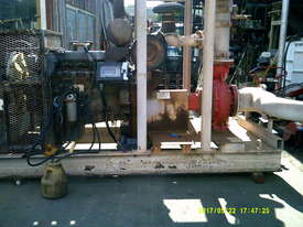 250 x 200 x 400 goulds pump 12ltr mercedes 2010 model  , 67 hrs ,  - picture1' - Click to enlarge