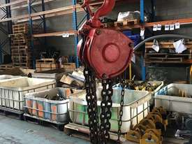 Chain Hoist 5 Ton x 6 meter drop lifting Block and Tackle Nobles Rigmate 5000kg - picture1' - Click to enlarge