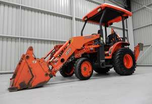 2011 Kubota B26 Backhoe loader Low Hours