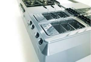 Mareno ANCT9FE-8E Electric Solid Top Oven