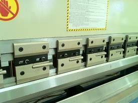 4000mm x 175Ton ibend CNC & Laser Guards - picture3' - Click to enlarge