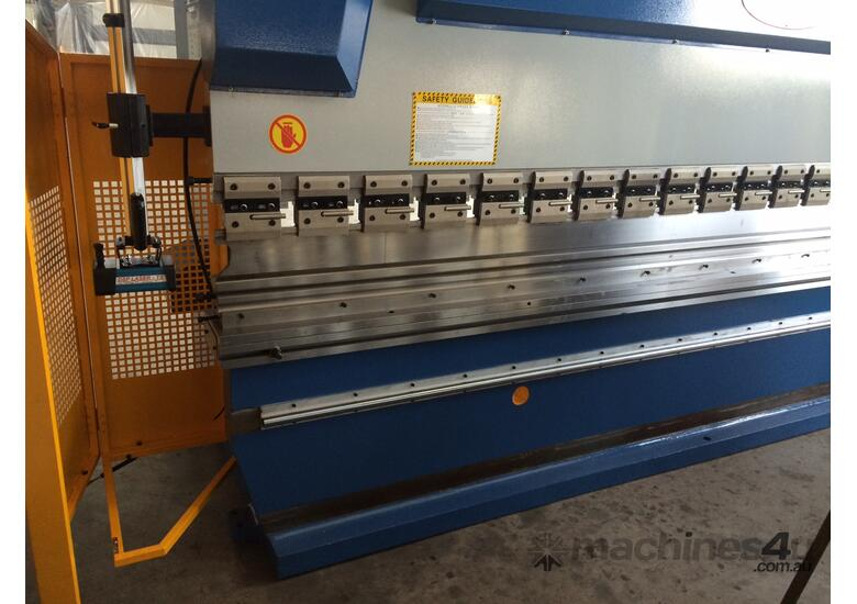 4000mm x 175Ton ibend CNC & Laser Guards