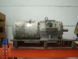 7.5 kw 10 hp 4 pole 415 volt Slip Ring Electric Motor - picture2' - Click to enlarge