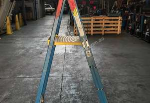 Bailey Platform Ladder Fiberglass 4ft Safety Step Ladders 1200mm