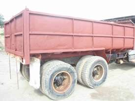 TANDEM STEEL 10M3 TIPPING BODY - picture3' - Click to enlarge