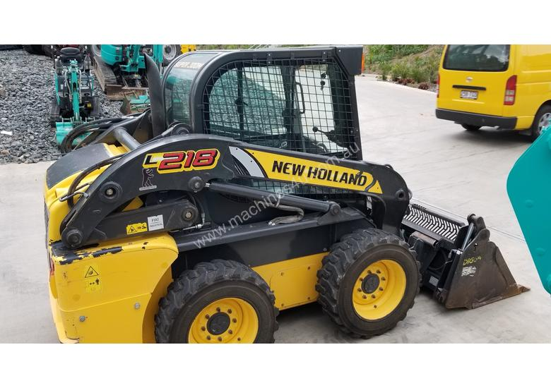 2012 New Holland L218 skidsteer