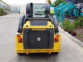 2012 New Holland L218 skidsteer - picture5' - Click to enlarge