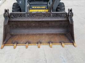 2012 New Holland L218 skidsteer - picture6' - Click to enlarge