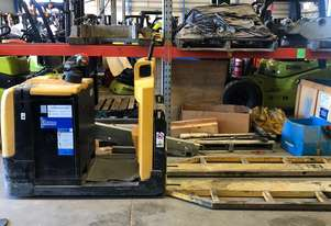 Yale - MR25 Ride On Electric Double Pallet Handler
