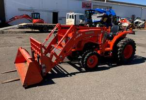 Kubota Used   Tractor L3200HD