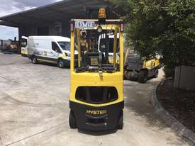 2.2 LPG Counterbalance Forklift - picture2' - Click to enlarge