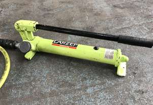 Larzep Hydraulic Hand Pump with Hose Porta Power Model W00307
