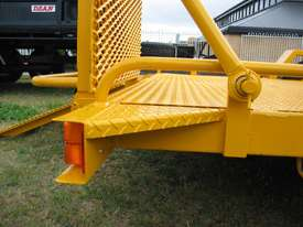 No.17HD Heavy Duty Single Axle Tilt Bed Plant Transport Trailer - picture3' - Click to enlarge