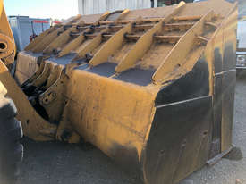 1984 Caterpillar 980C Wheel Loader - picture2' - Click to enlarge